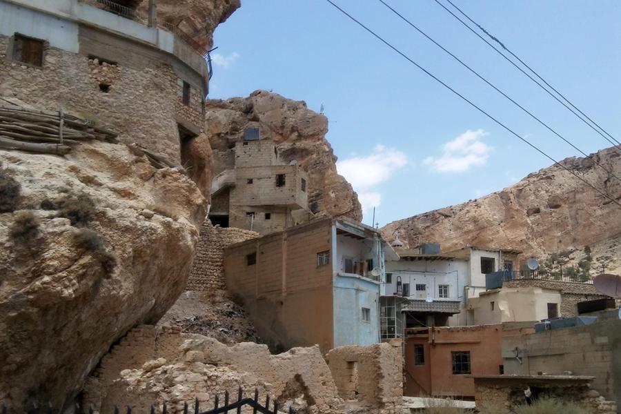 Las casas de Maalula se encaraman unas sobre otras por las laderas del Qalamoun (Foto: Pablo Sapag M.)